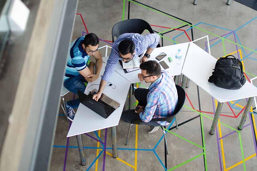 Como es normal que hayan conflictos en los espacios de trabajo, aquí te damos algunos tips para evitarlos