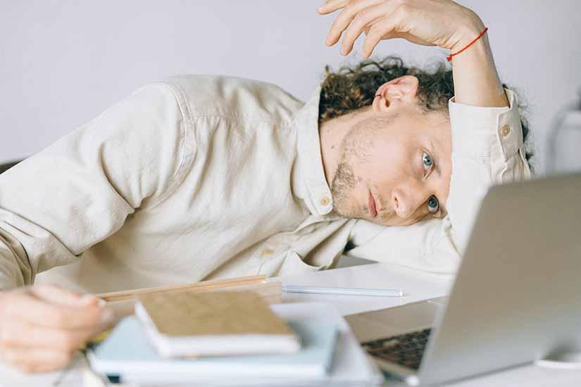 Te contamos todo lo que debes saber sobre el burnout laboral y cómo evitar este síndrome en tus empleados