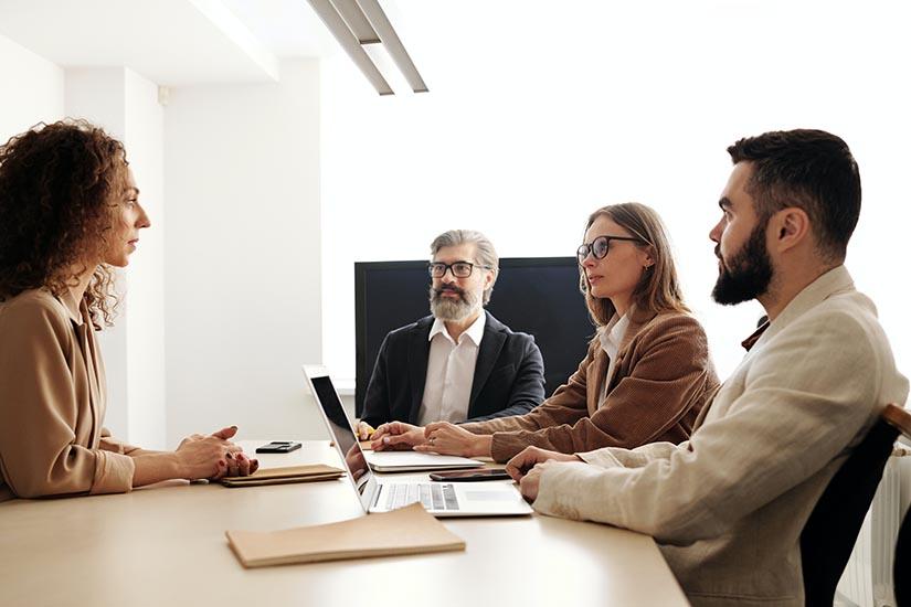El Registro Único de Trabajadores Extranjeros es una plataforma que debes tener en cuenta si tienes empleados extranjeros en tu empresa