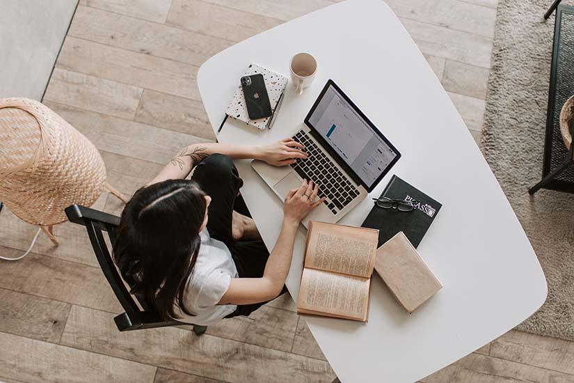 Mantener un buen nivel de productividad es básico en una empresa. Aquí te explicamos cómo ordenar tu día y ser productivo